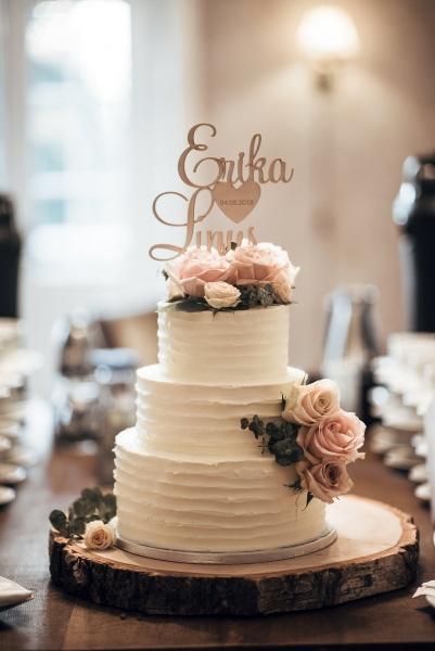 Bröllopstårta smörkräm rustik