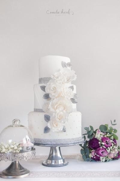 Bröllopstårta, elegant, silver