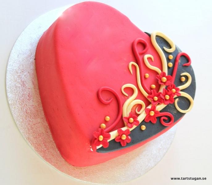 Födelsedagstårta hjärta